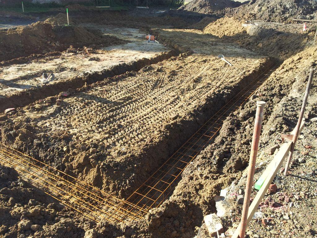 Angle trou terrassement, 40cm de béton à cet endroit