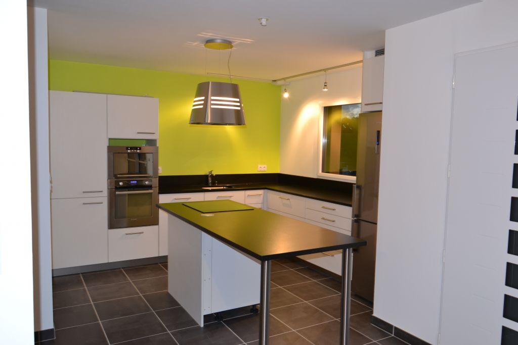 sondage poser soit meme ou faire poser par cuisiniste. Black Bedroom Furniture Sets. Home Design Ideas