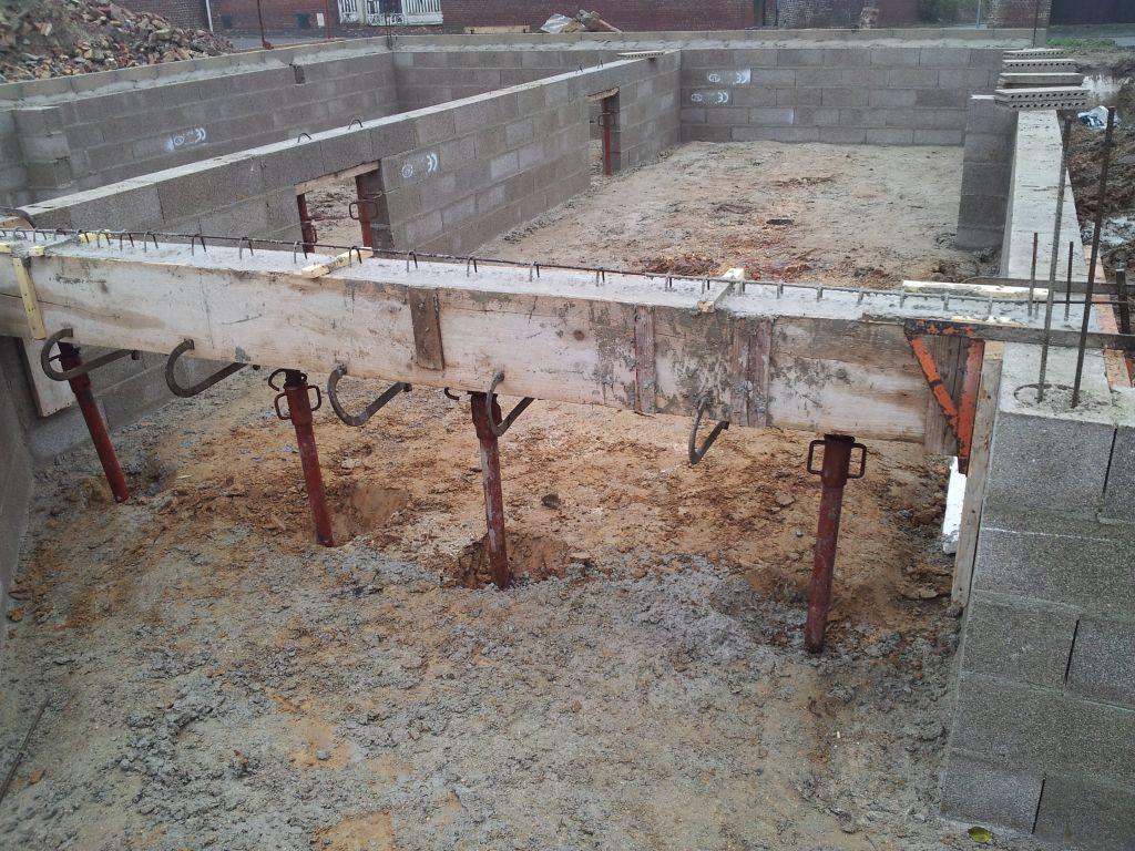 Prise de vue pour obstacles sur évacuation des eaux vannes des toilettes