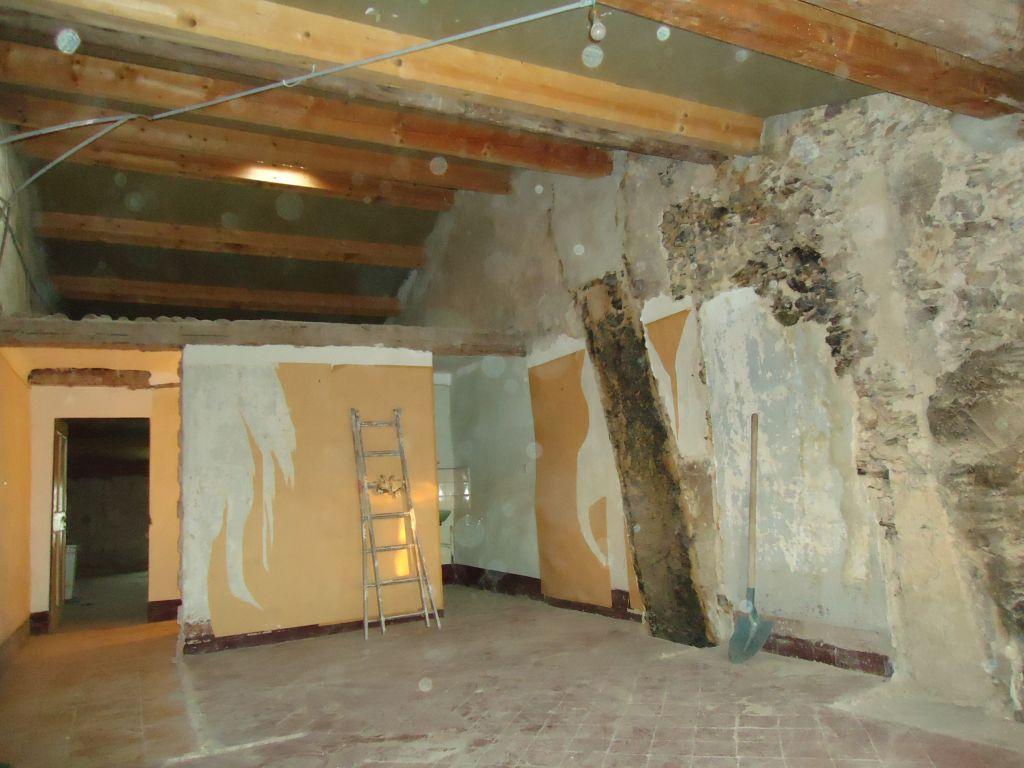 Chambre sud 2ème, cloison et support plafond enlevé