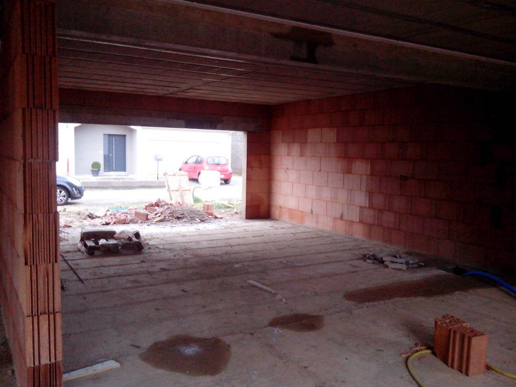 Le garage, le celier... Hors cloison bien sûr
