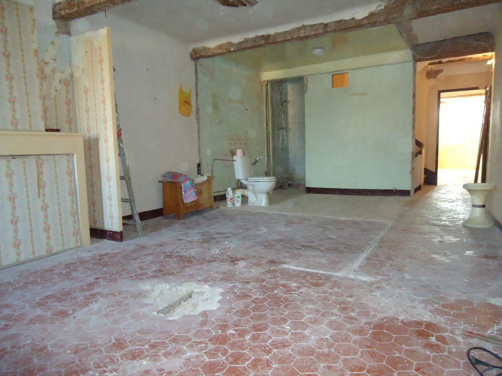 Chambre 1er nord, salle de bain et wc