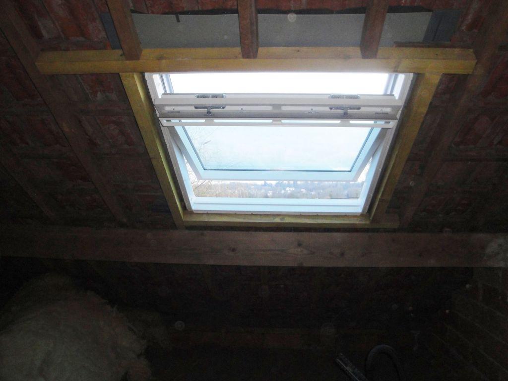 Encadrement velux for Comment poser une fenetre de toit velux