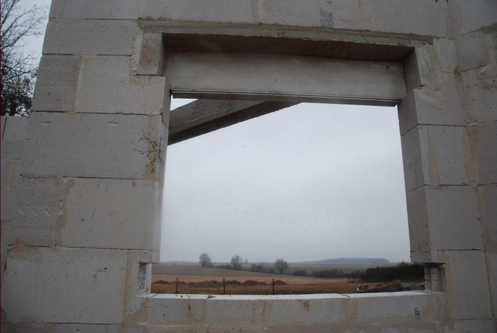 Réserves pour coffre volet roulant dans maçonnerie, et appui de fenêtre