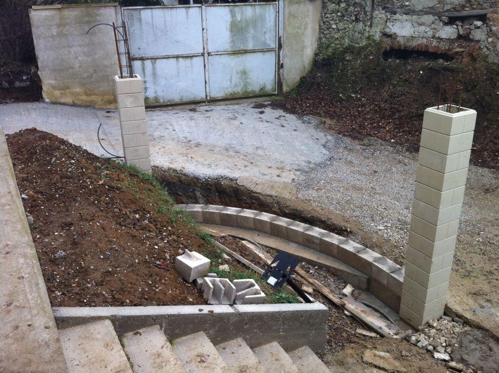 Mur soutenement non prevu dans fondation 16 messages for Fondation mur parpaing