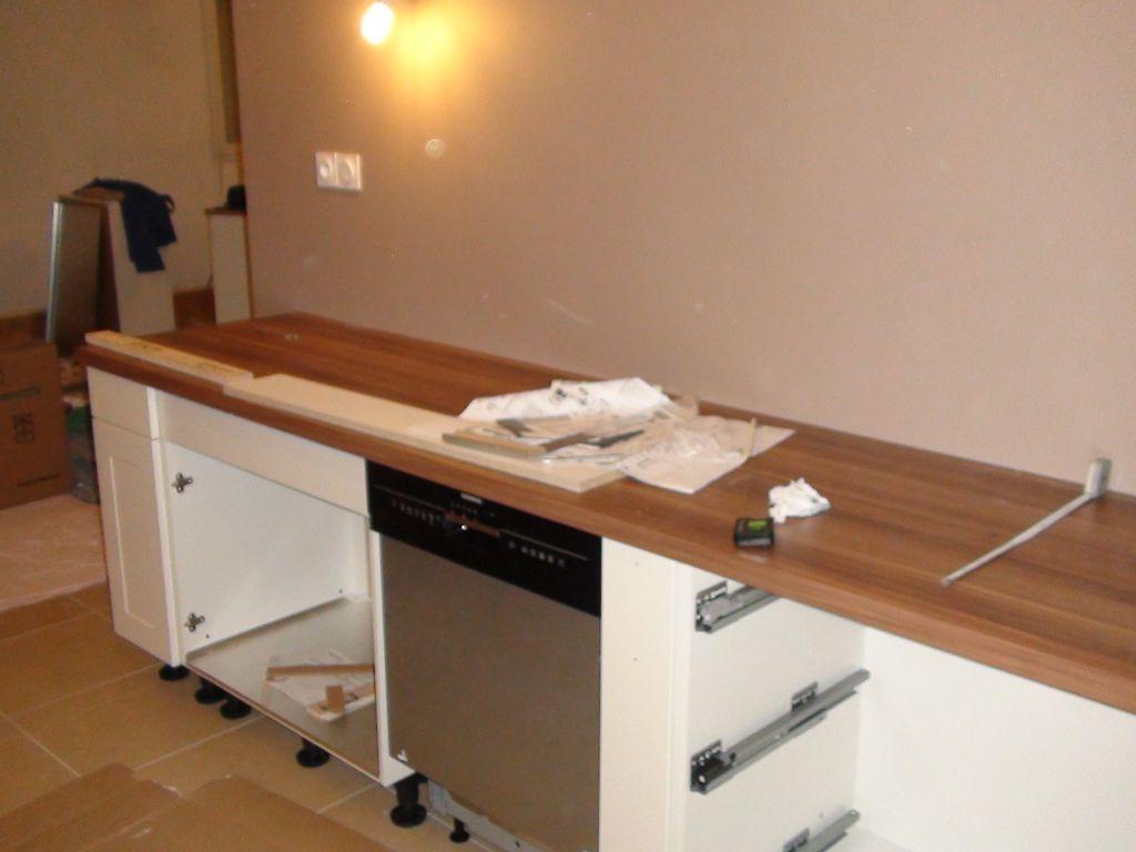 Premi re plantation parquet dans les chambres montage for Montage plinthe cuisine