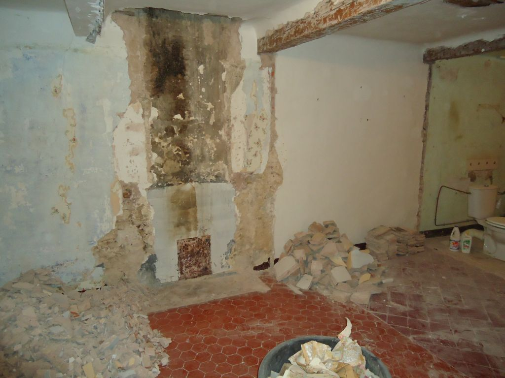Démolition cheminée chambre nord 1er