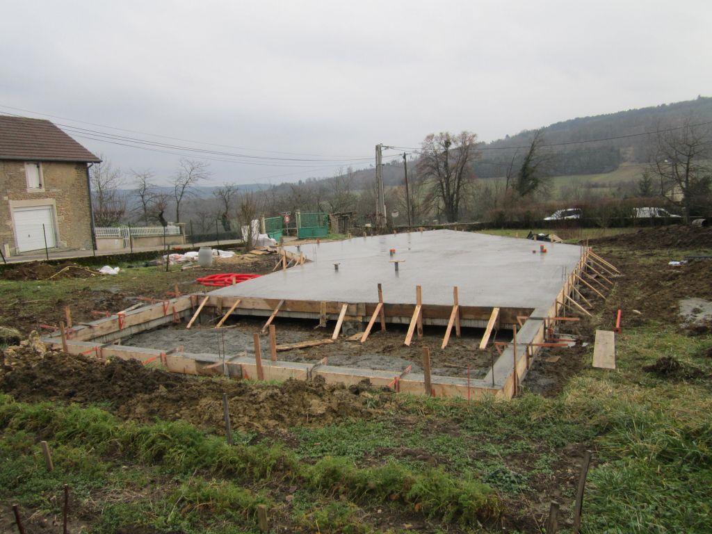 Ouverture chantier et fondations arriv e des longrines vivement la dalle - Ouverture vide sanitaire ...