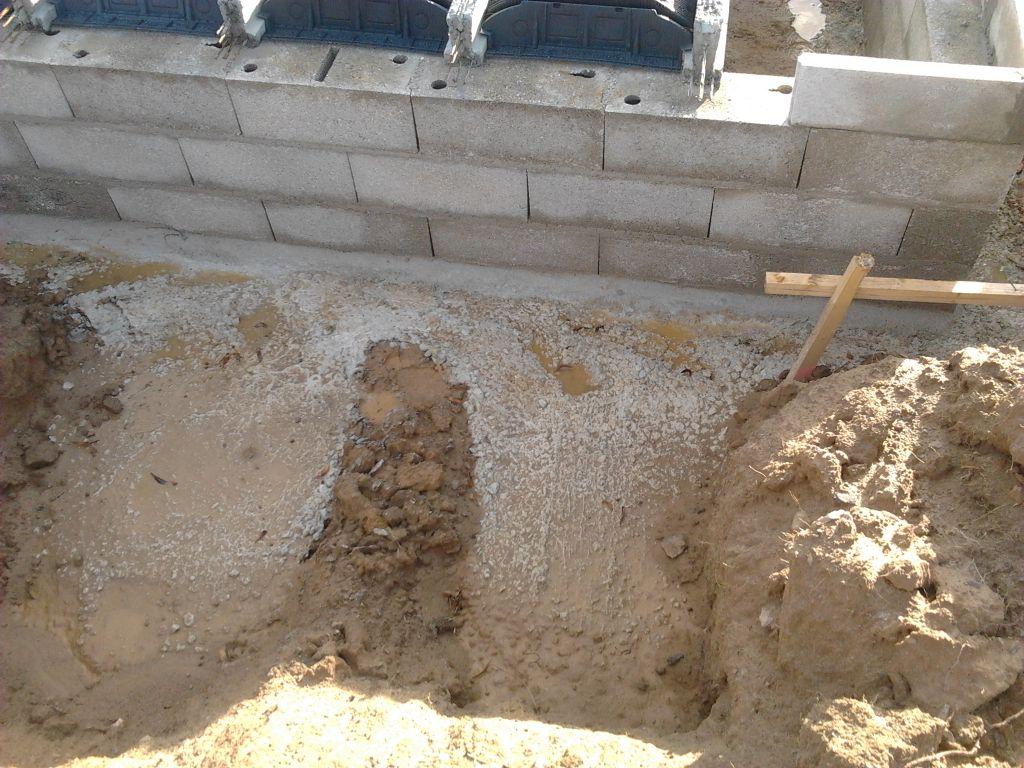 Zoom sur les fondations pour la pompe à chaleur