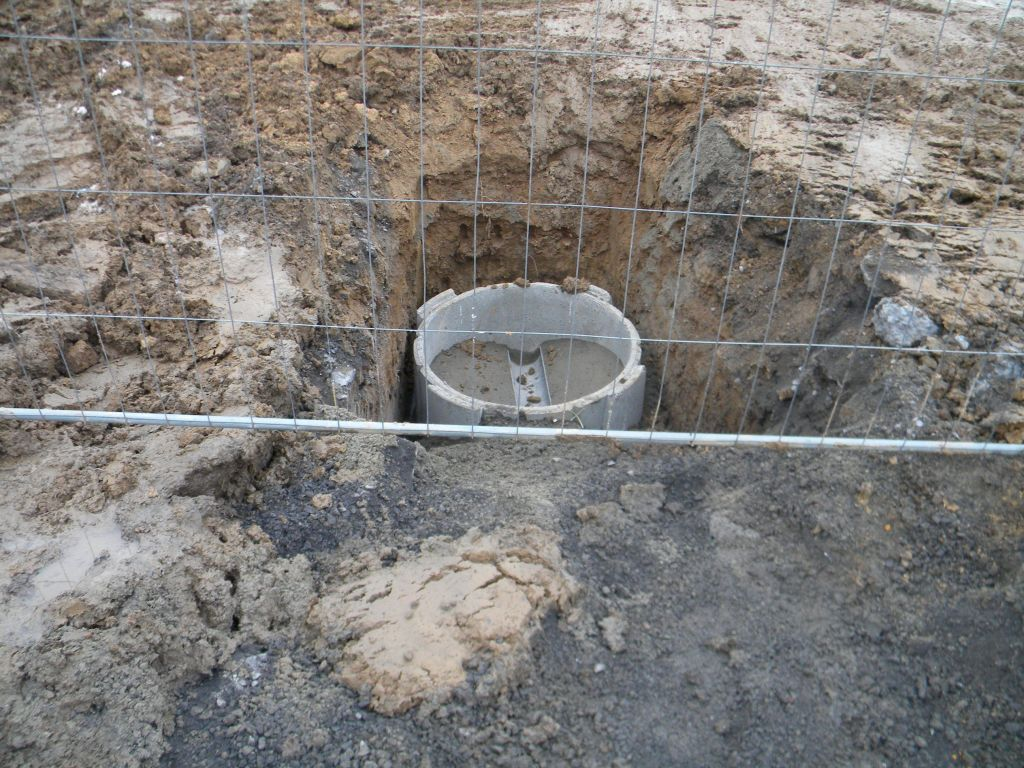 début du raccordement de la résidence en eau (2)
