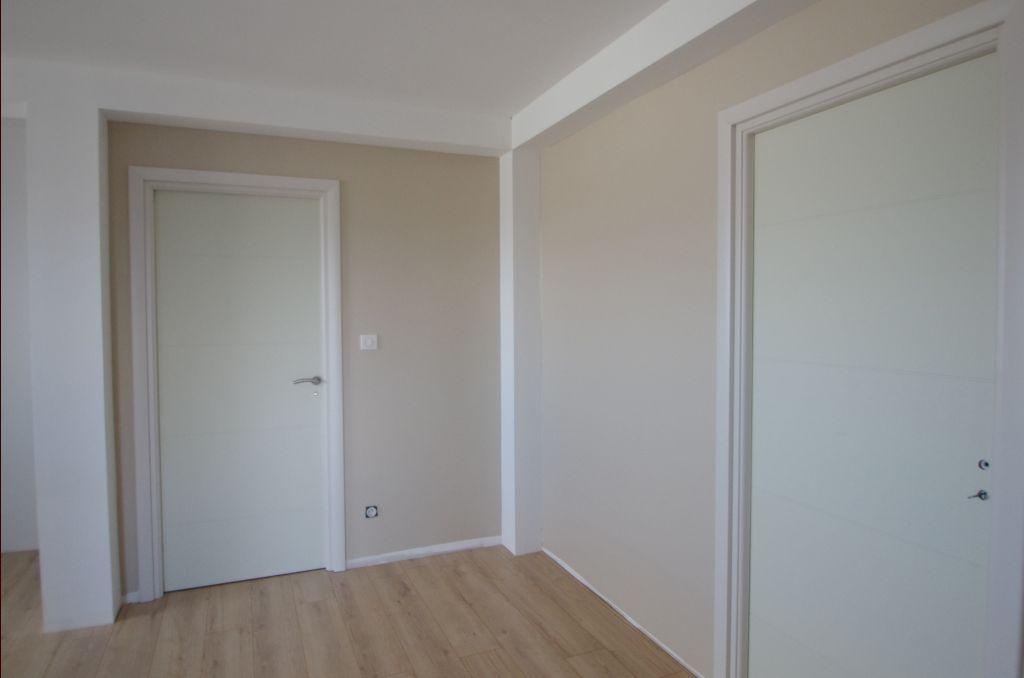Niches de la mezzanine peintes en chanvre mat satiné de Tollens
