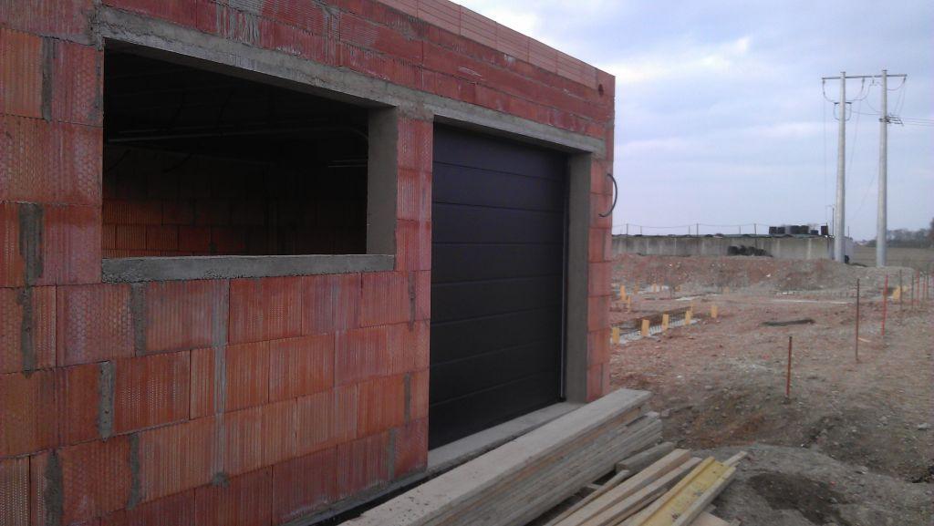 Pose porte de garage et porte d 39 entr e menuiserie for Porte de garage en alsace