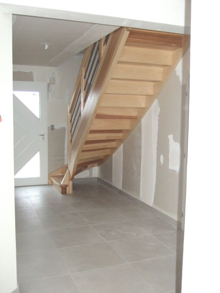 quel escalier avec ou sans contre marches votre avis 12 messages. Black Bedroom Furniture Sets. Home Design Ideas