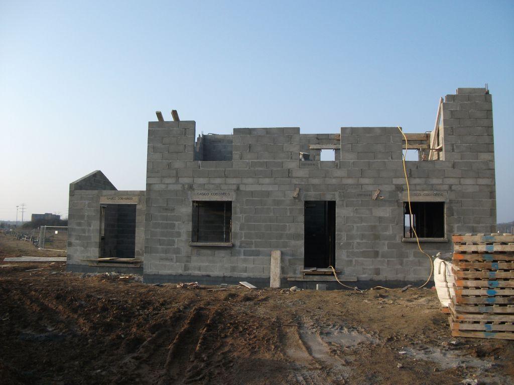Élévation des murs du premier étage