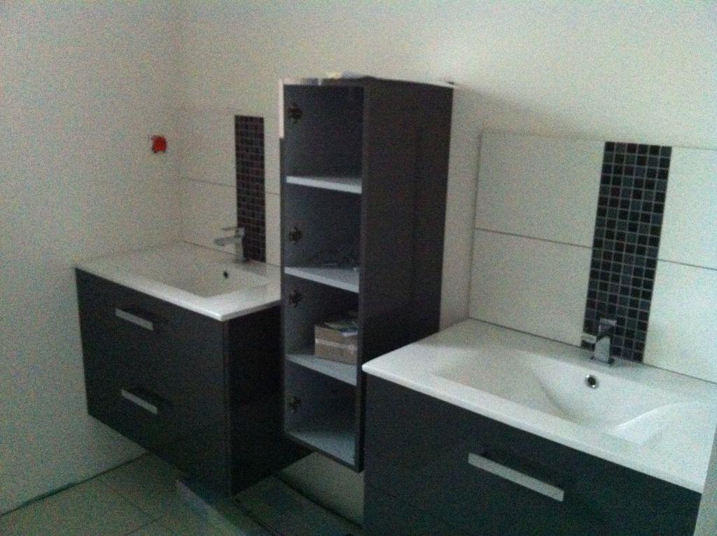 peut on se passer de carrelage au mur dans une salle de bain 18 messages. Black Bedroom Furniture Sets. Home Design Ideas