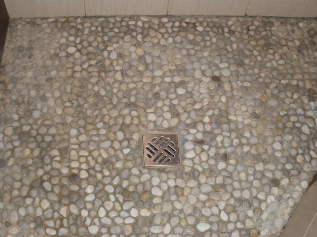 Probl me avec joint sol de douche italienne qui se - Sol en galets salle de bain ...