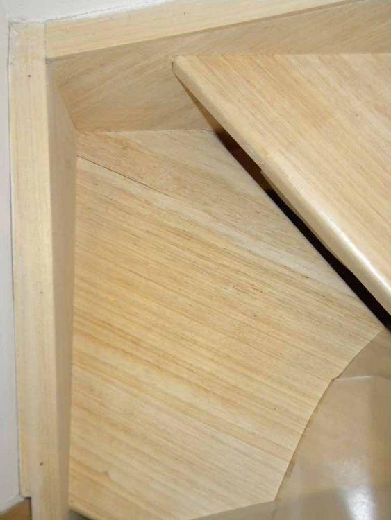 table en bois qui se fissure. Black Bedroom Furniture Sets. Home Design Ideas