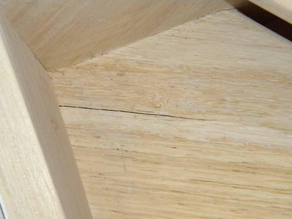 escalier bois exotique qui se fissure 7 messages. Black Bedroom Furniture Sets. Home Design Ideas