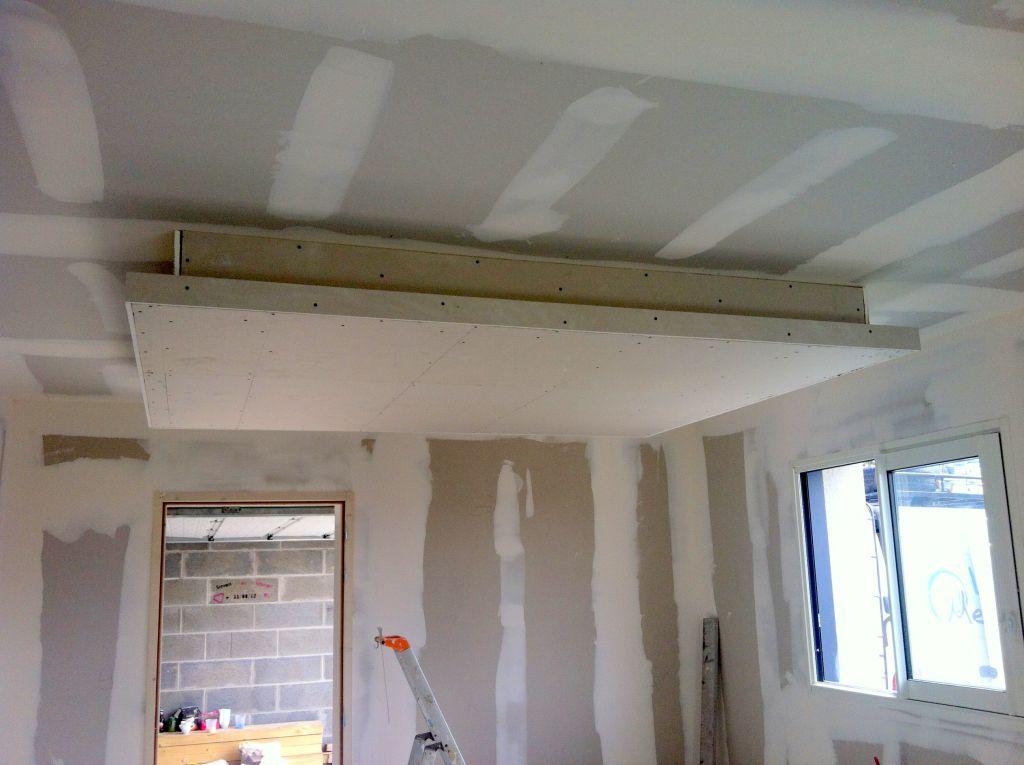 Faux plafond en retomb au dessus de la future cuisine for Eclairage led interieur plafond