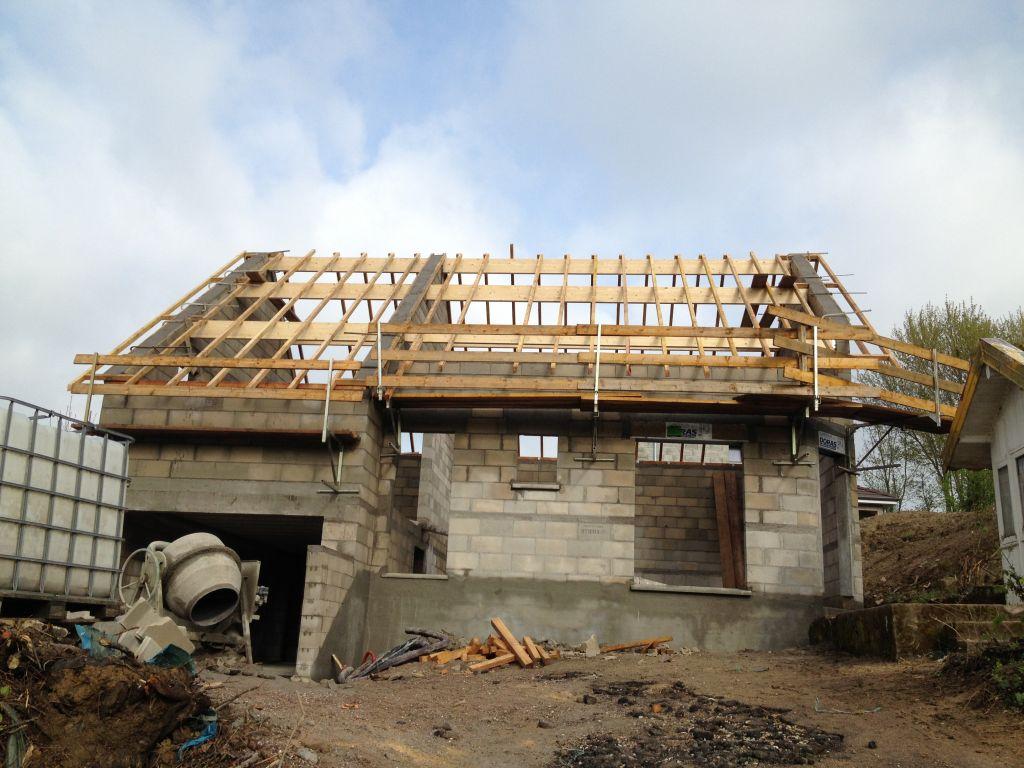 Coulage des arases de toit