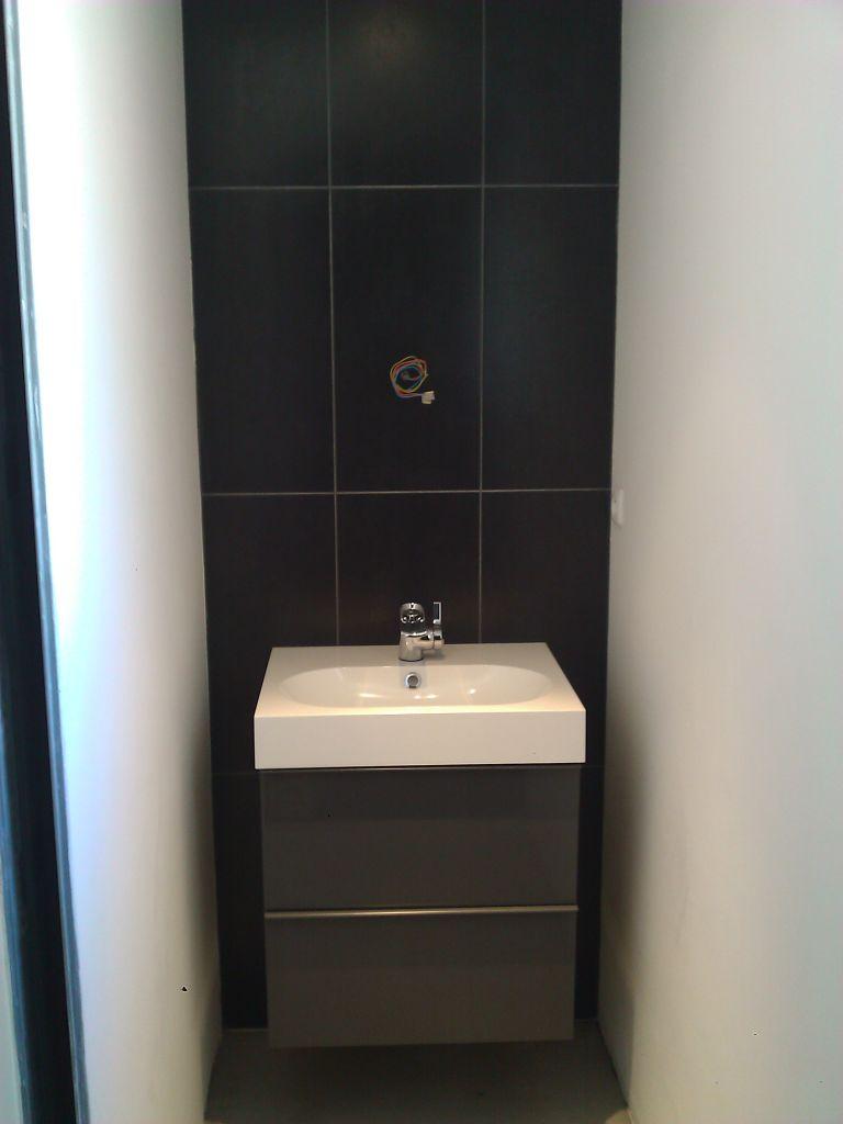 Meuble vasque miroir parquet pos alors cette salle d 39 eau - Parquet pour salle d eau ...