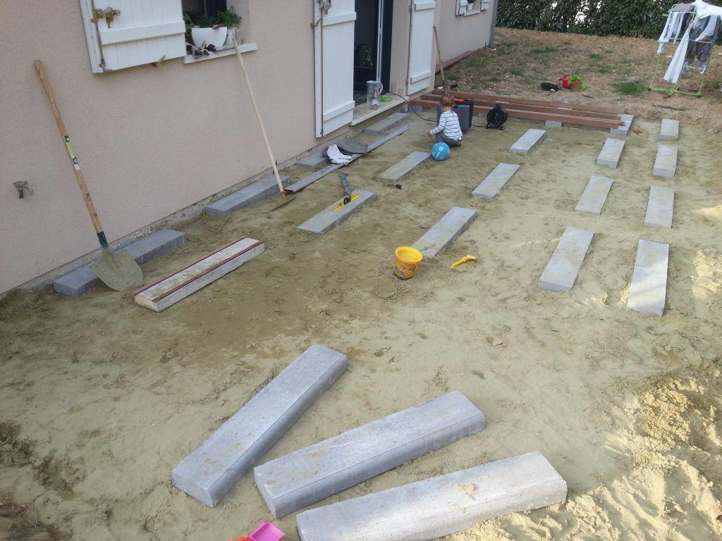 Besoin de votre exp rience sur les terrasses bois 7 messages for Pose terrasse bois sur sable
