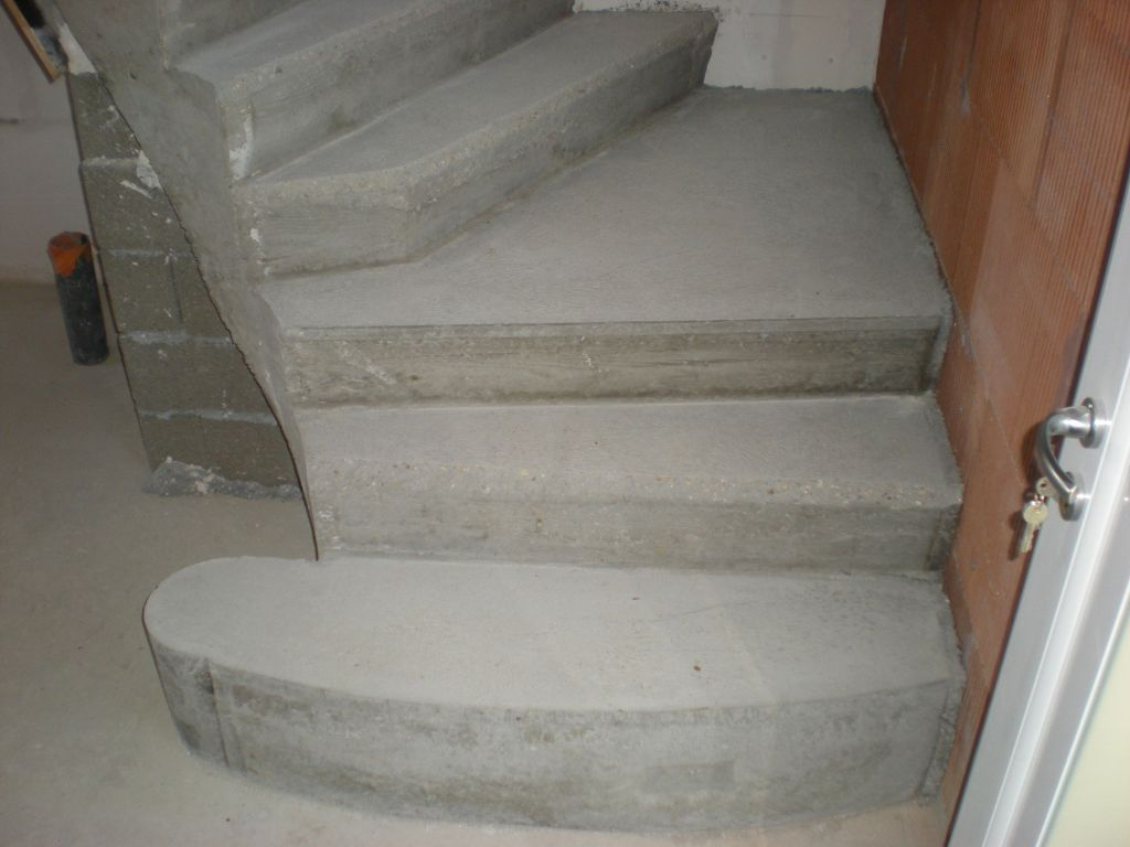 besoin aide escalier avec palier beton 5 messages. Black Bedroom Furniture Sets. Home Design Ideas