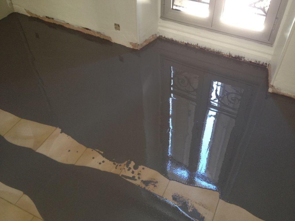 Sol pieces vivre en resine epoxy retour d 39 experience - Recouvrir du carrelage au sol ...