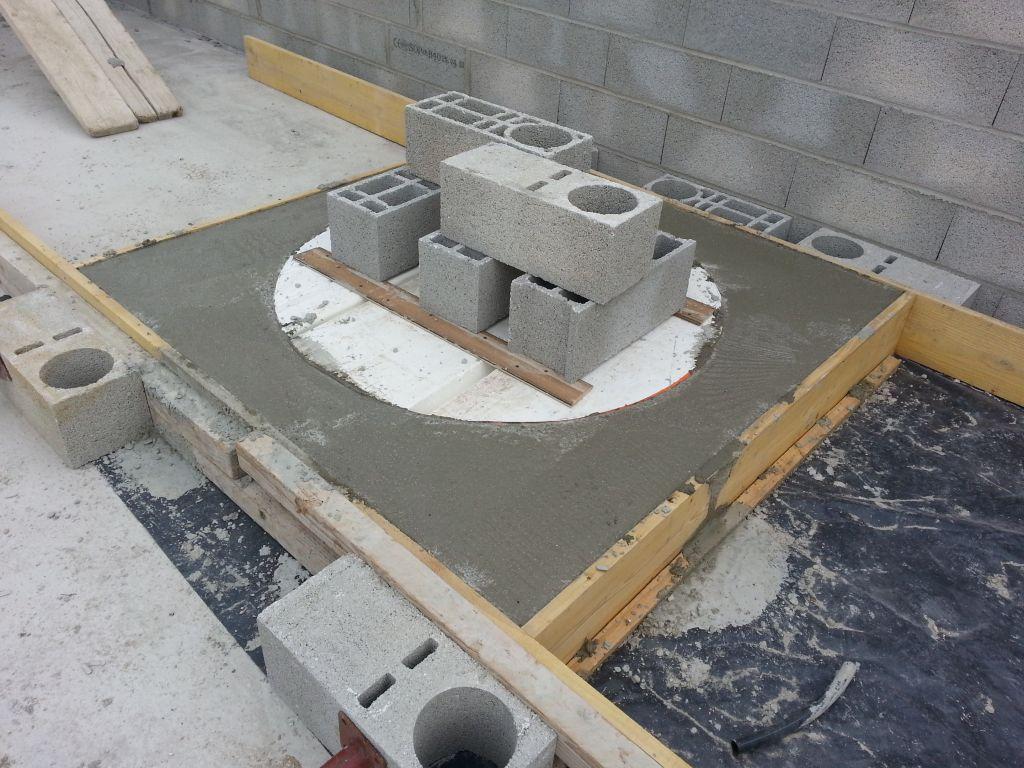 cadre fenêtre ronde en construction