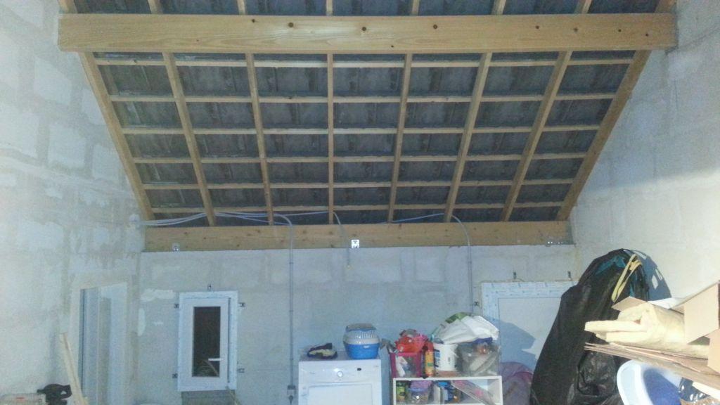 Garage, mur en MI335
