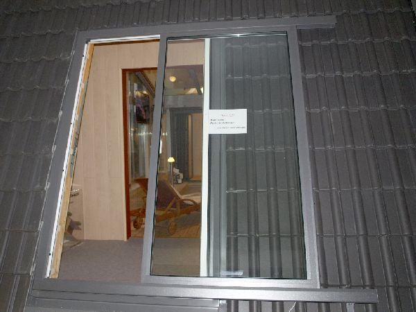 Porte fenêtre coulissante de toit