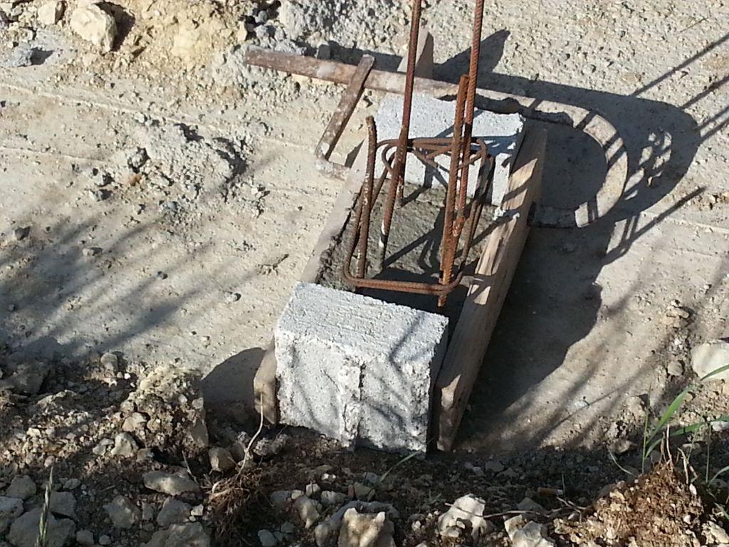 préparation pilier d'avancée de toit