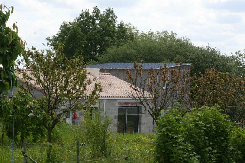 Notre toit bac acier vu de loin ^^