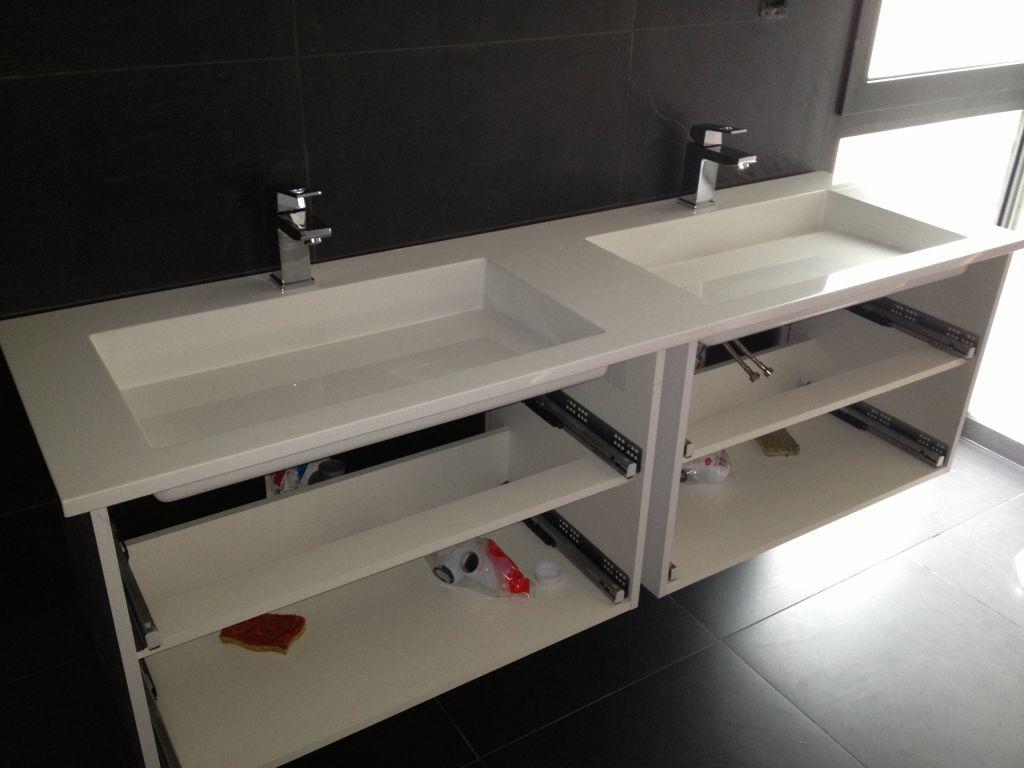 photo meuble de salle de bain d coration salle de bain salle d 39 eau allier 3. Black Bedroom Furniture Sets. Home Design Ideas