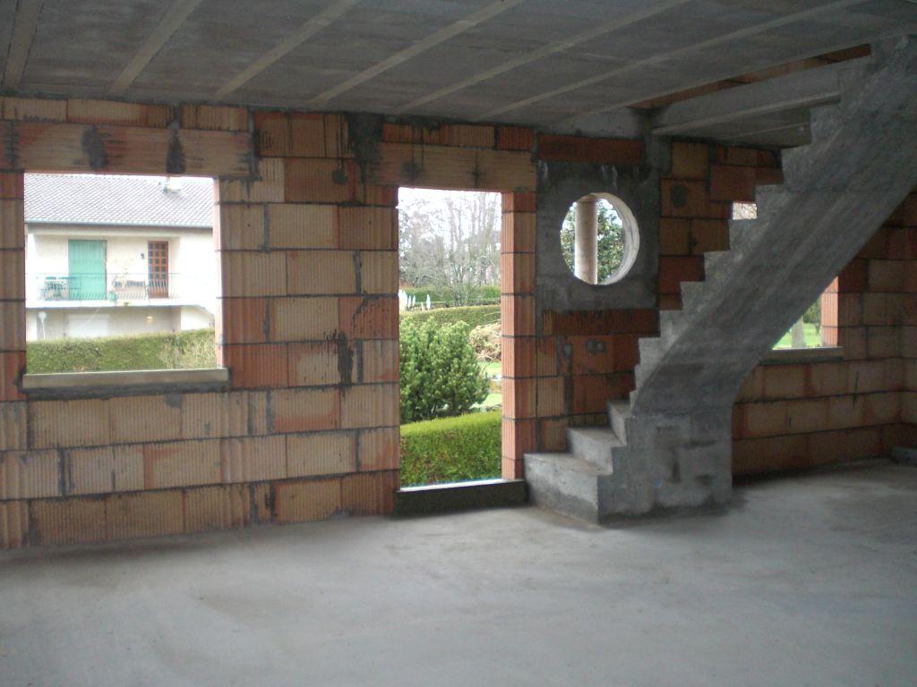 Question sur ouverture style oeil de boeuf 17 messages for Prix ouverture fenetre mur pierre