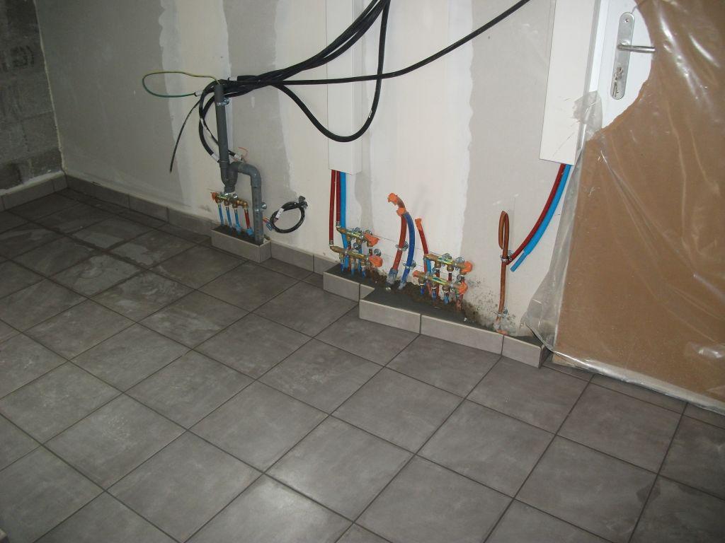 Le chauffage enfin le plombier est l le carrelage c for Carrelage du midi