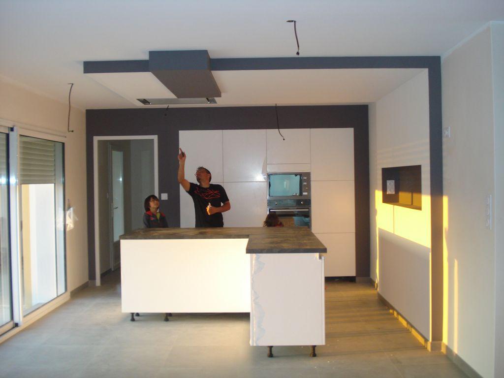 enduit de finition avec bandeau en sur paisseur peinture carrelage cuisine et mur de cloture. Black Bedroom Furniture Sets. Home Design Ideas
