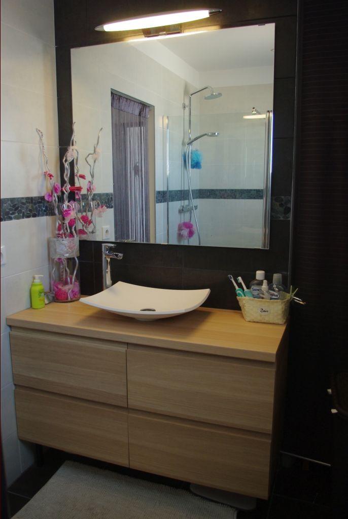 salle de bain parentale avec douche a l'italienne.
