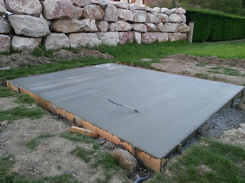 Rendu final de la grande dalle pour mettre l'abri de jardin (4.5*3.5) ! Plutôt content aussi