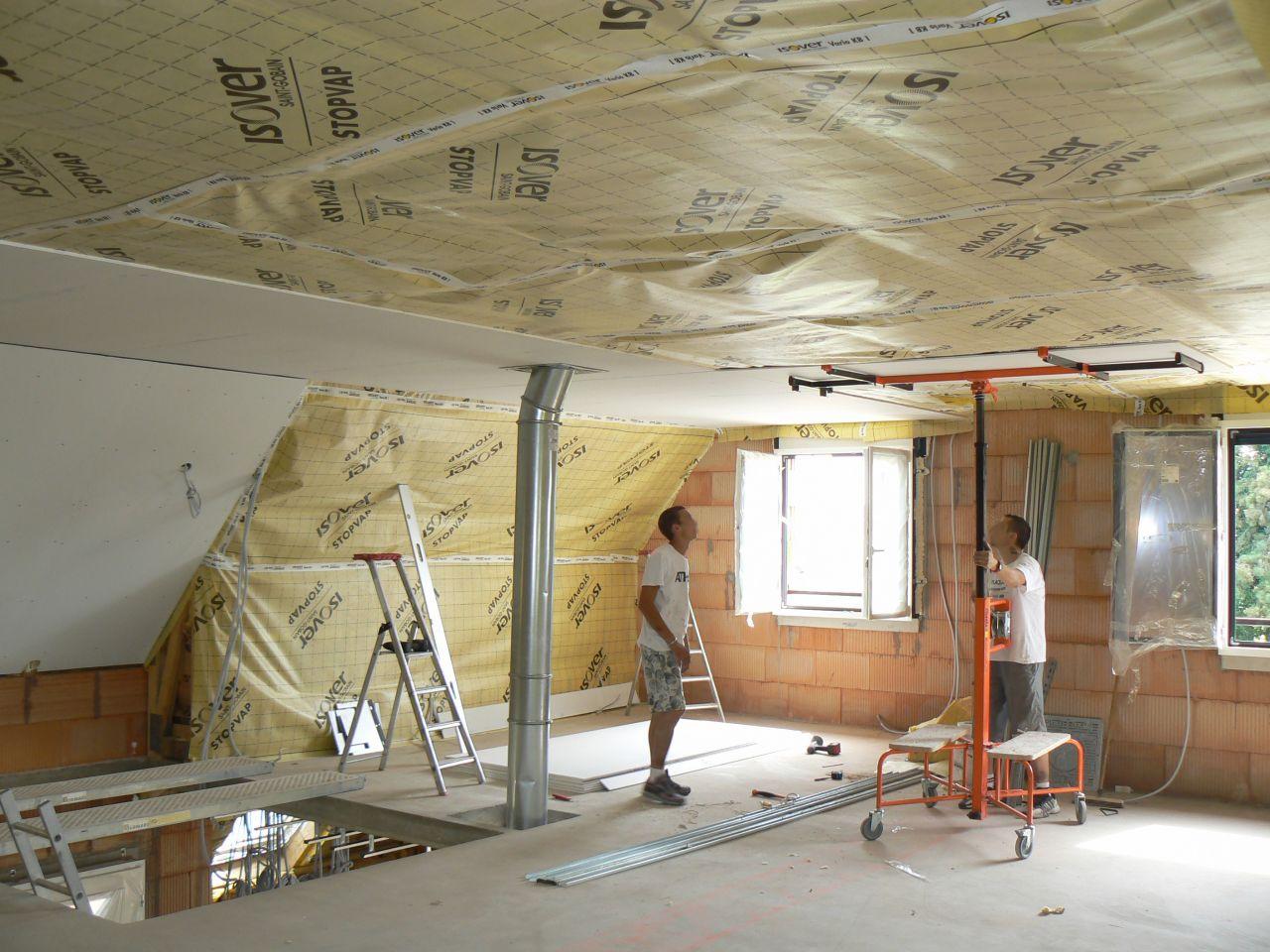 pose des plaques du plafond
