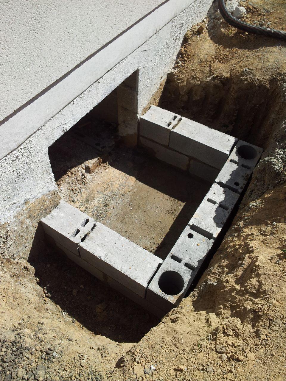 Evacuation eaux de pluie regards et tuyaux pompe - Porte acces vide sanitaire ...