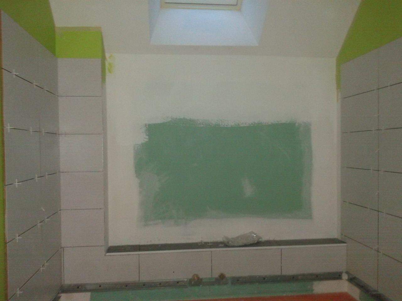 peinture et faïence salle de bain des enfants
