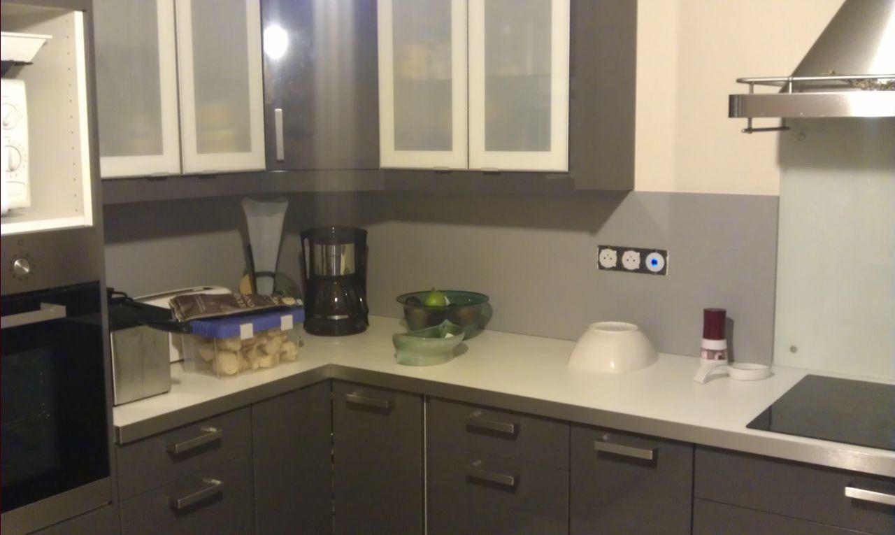 Cuisine termin e gazon gazon termin laquenexy moselle for Installer credence cuisine