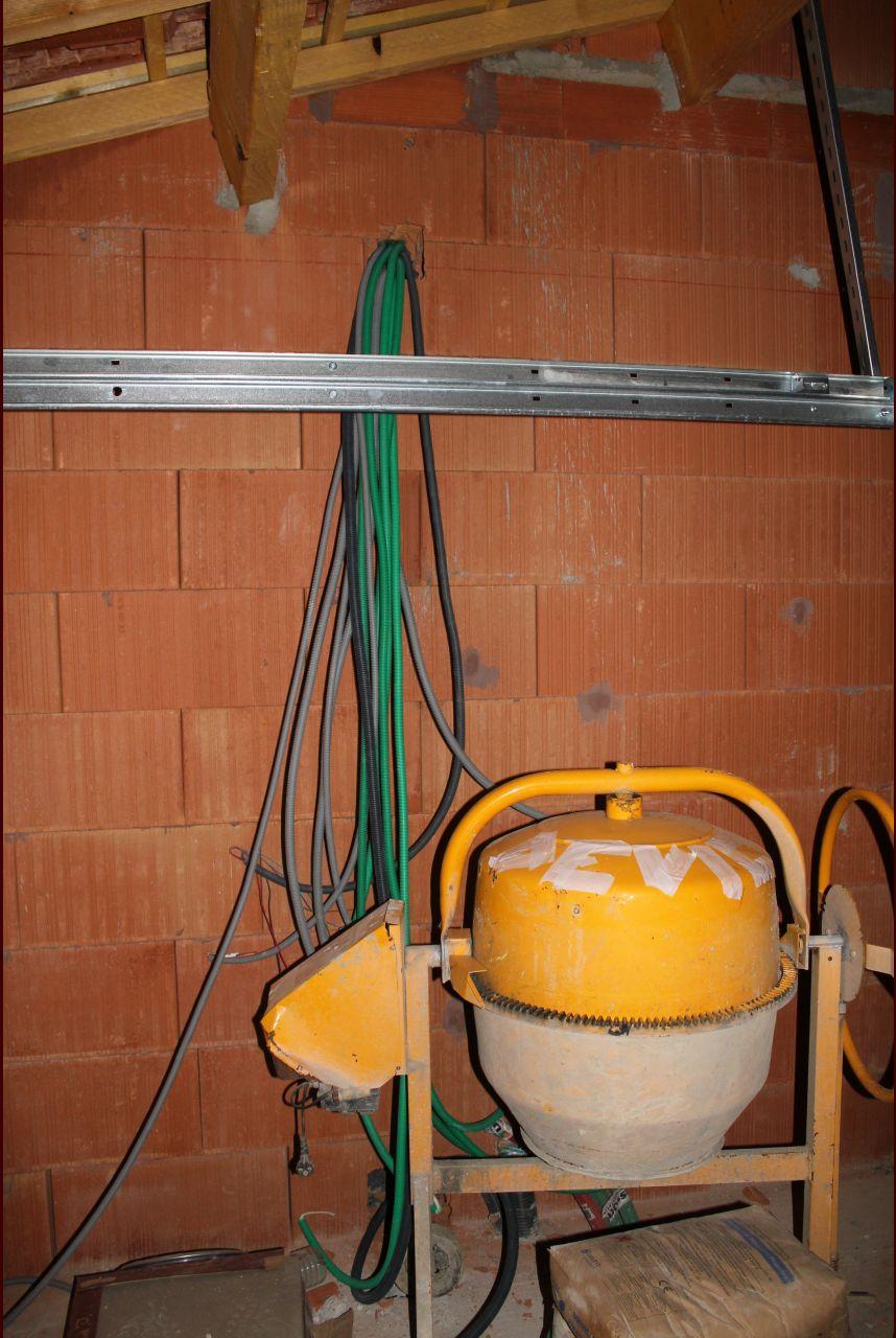 Arrivée électricité de l'étage dans le garage