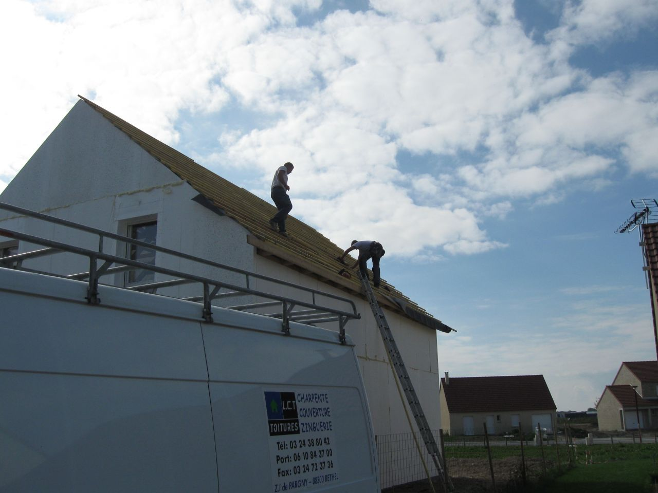 charpentiers sur notre toit