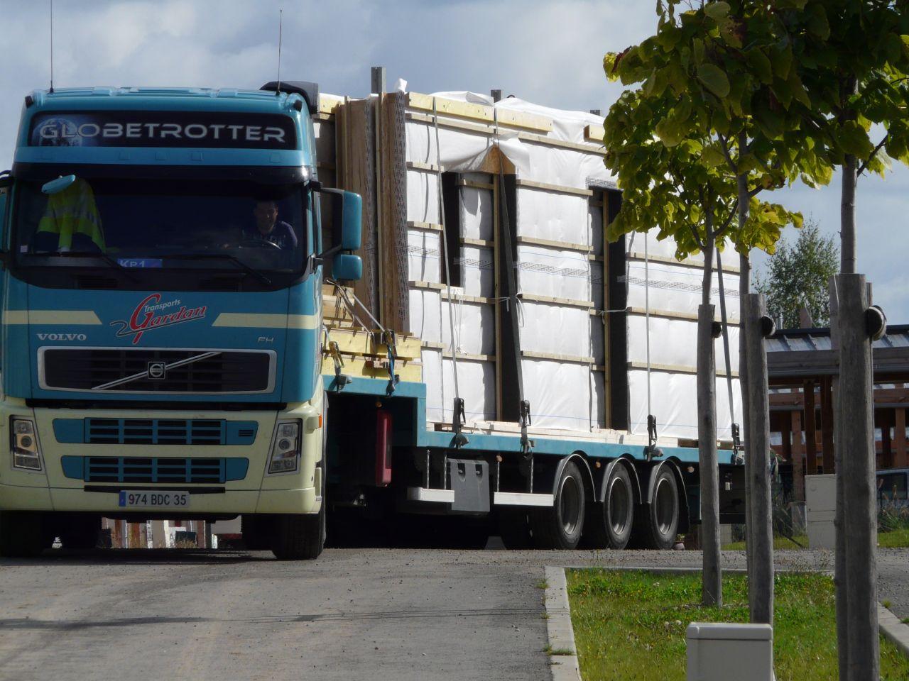 L'arrivée du 1er camion.... chargé !