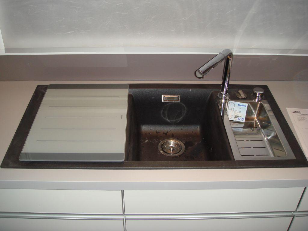 cuisine ixina avis consommateur. Black Bedroom Furniture Sets. Home Design Ideas