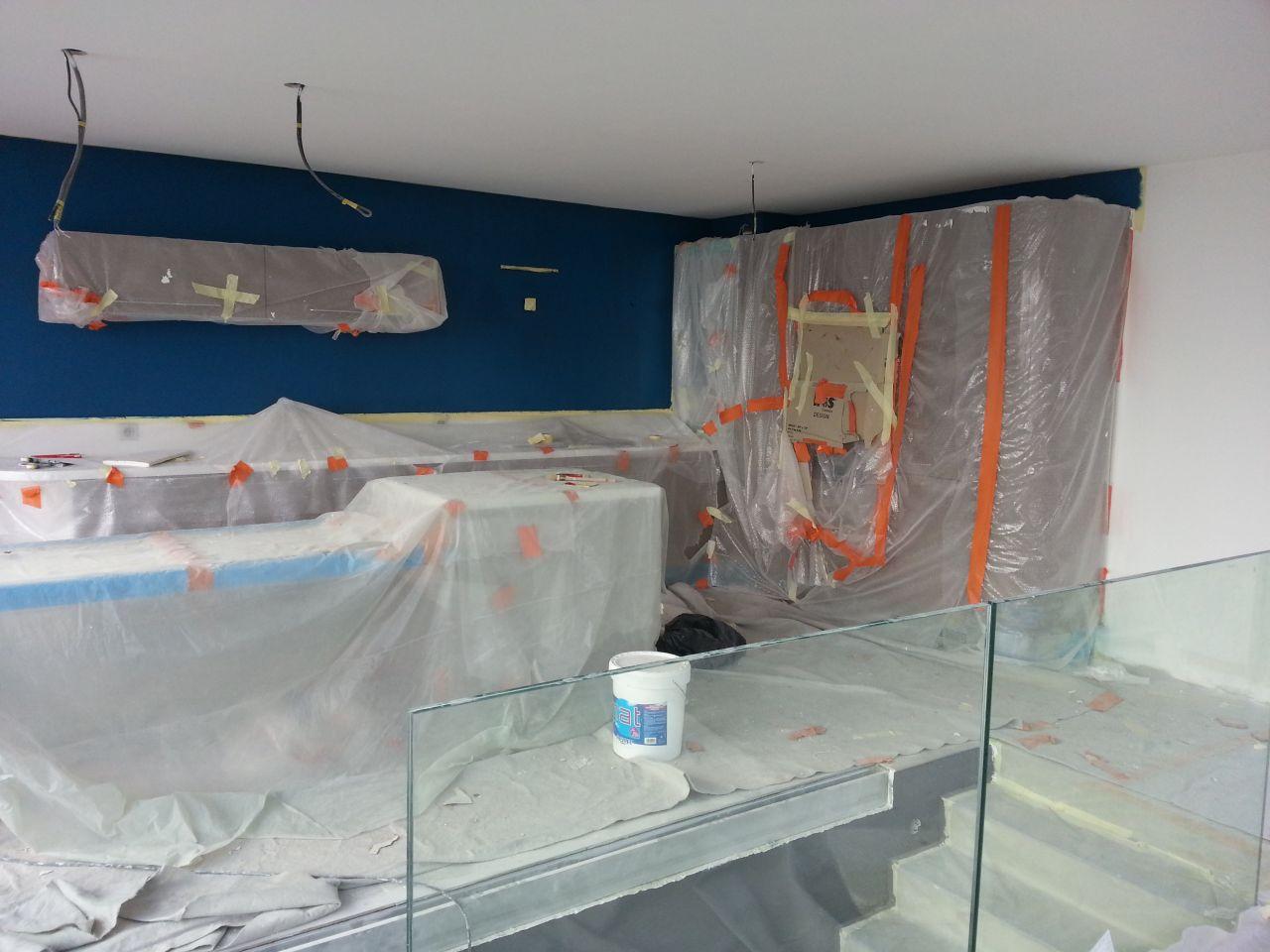 Quelle couleur au mur pour ma cuisine gris abstrakt 12 for Cuisine grise quelle couleur au mur