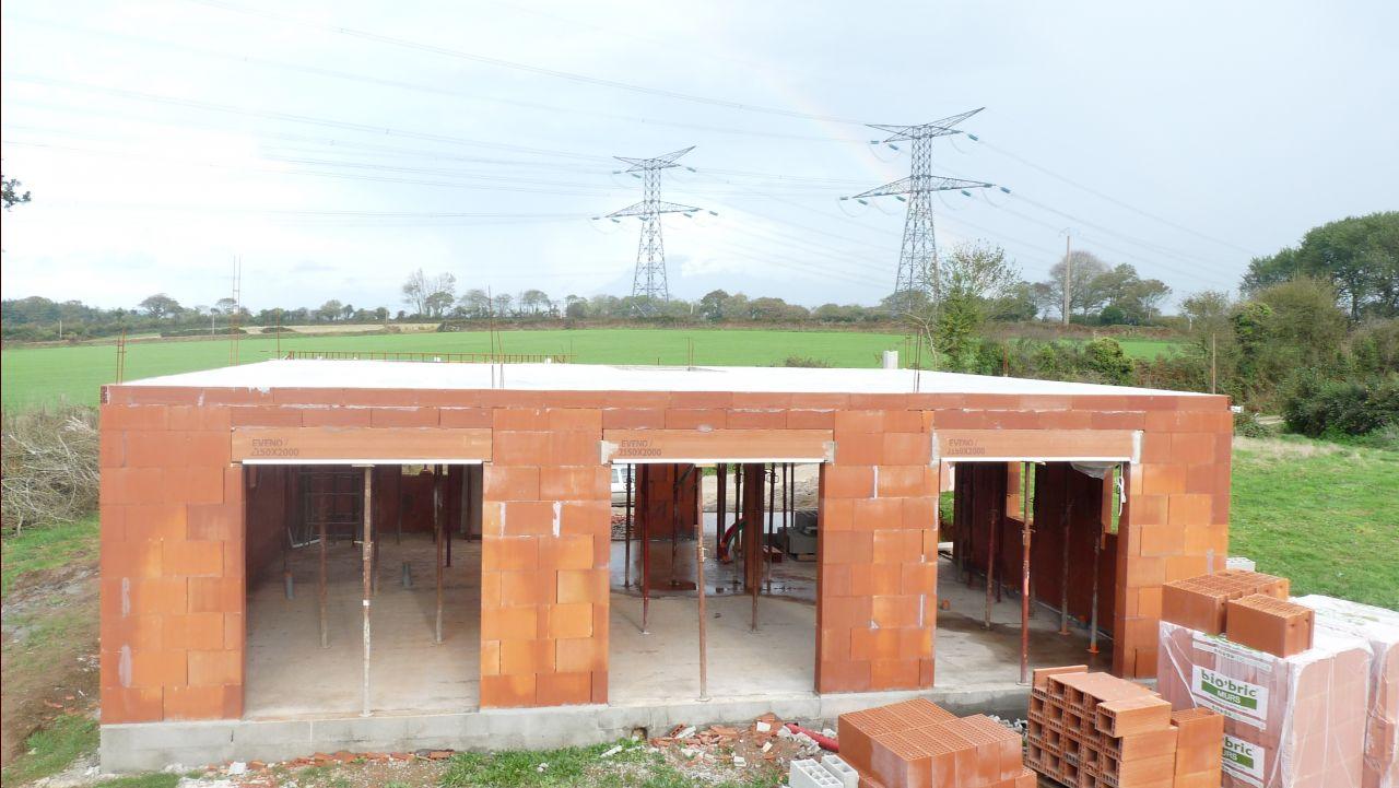 Elévation des murs - dalle béton étage coulée