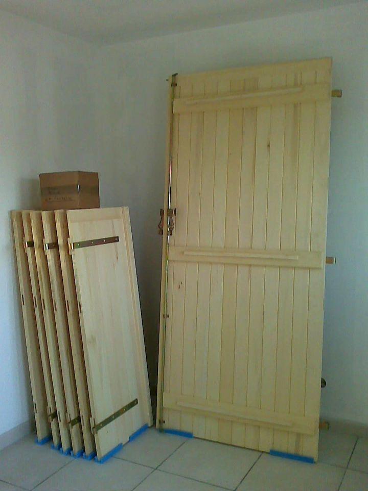 comment faire des volets en bois cool vantail de volet doublage la provencale avec tablier de. Black Bedroom Furniture Sets. Home Design Ideas